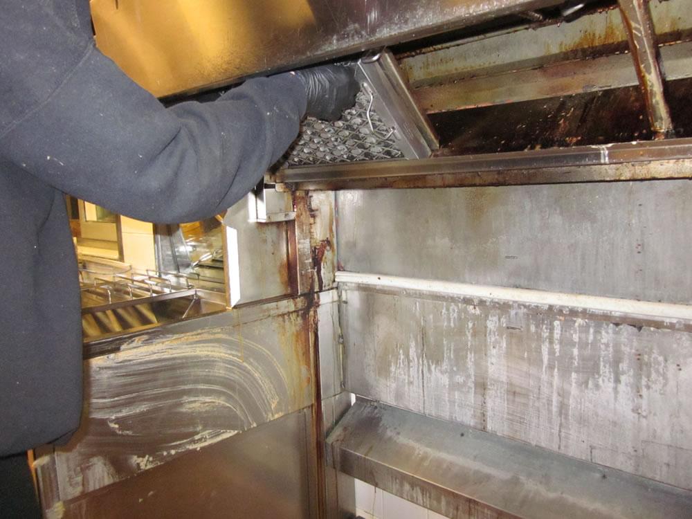Restaurant Kitchen Hood Cleaning - Toronto - Hamilton - Niagara (119)
