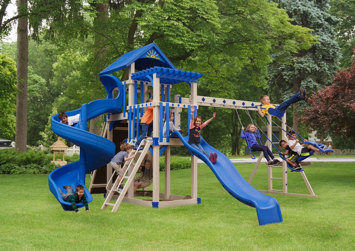 Image of: Backyard Playground Structures The Definitive Guide 2020