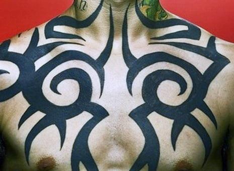 chest-tattoos-tribal-men