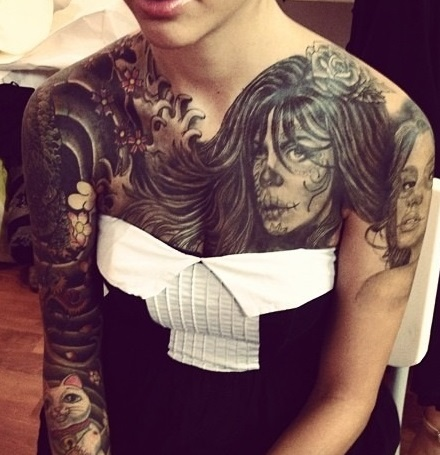 chest-tattoos-woman-japanese