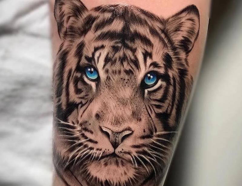 Miss Jade-Tiger Tattoo