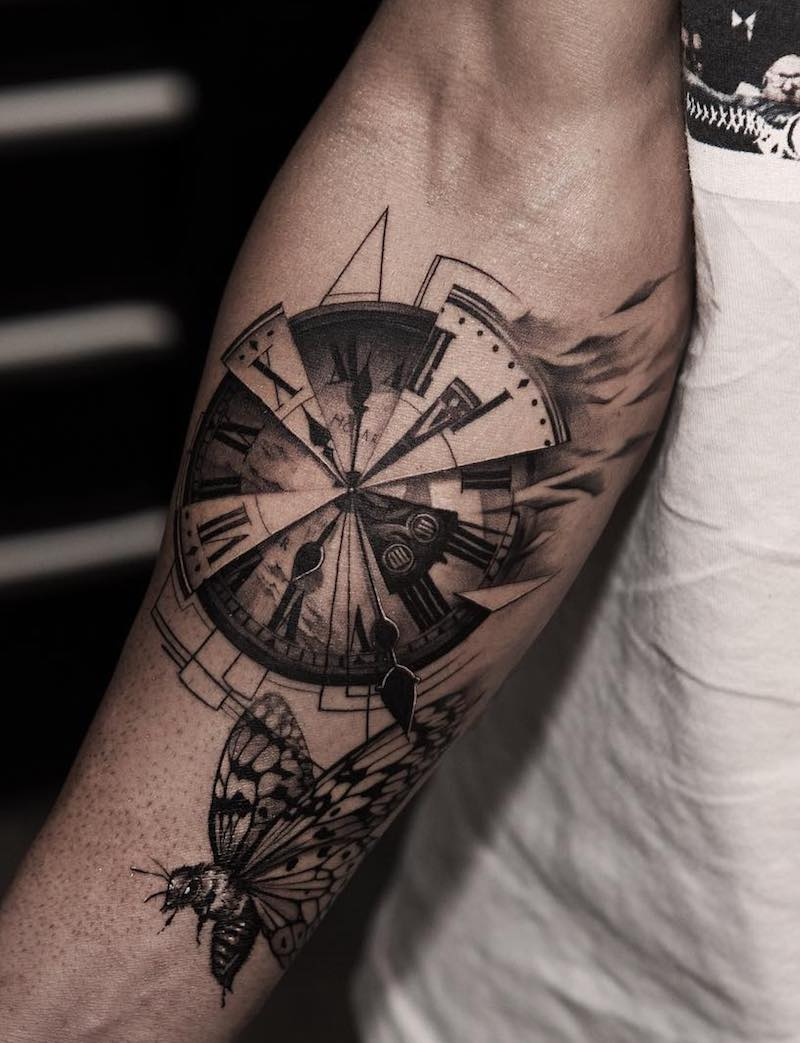 Clock Tattoo by Oscar Akermo