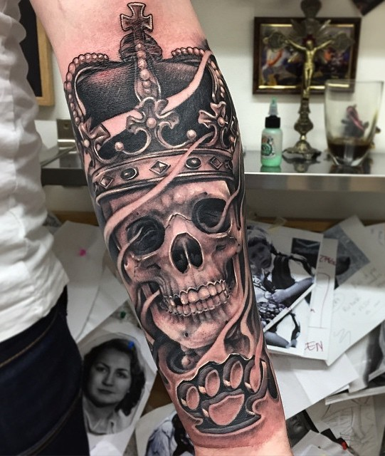 King Tattoo by Andy Blanco
