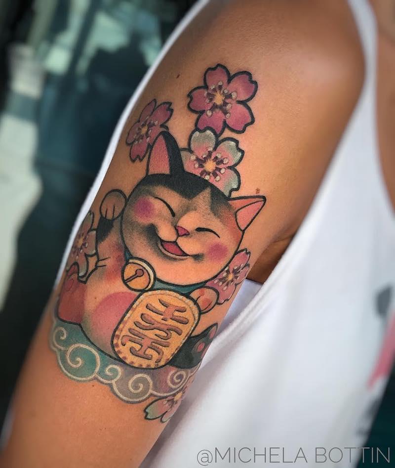 lucky maneki-neko tattoo by Michela Bottin