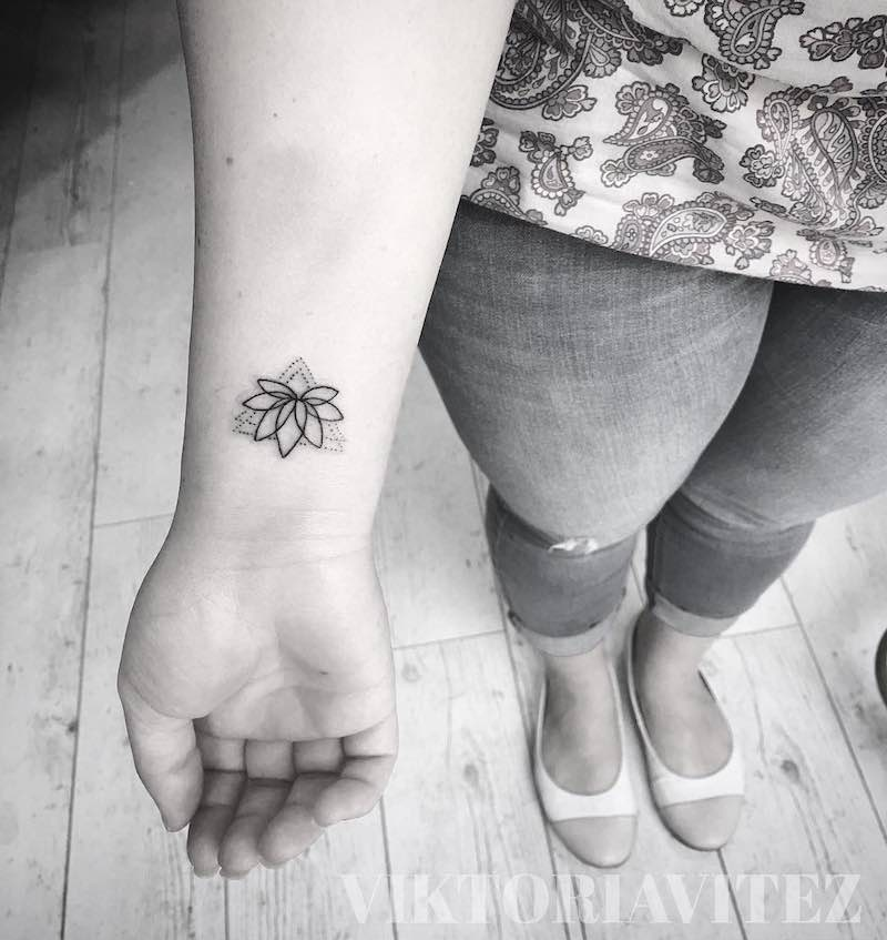 Flower Small Tattoo by Viktoria Vitez