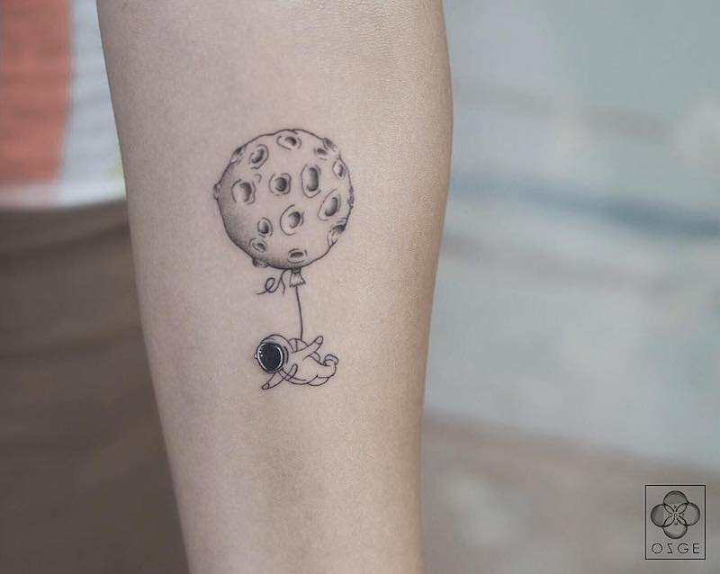 Moon Balloon Small Tattoo by Ozge Demir