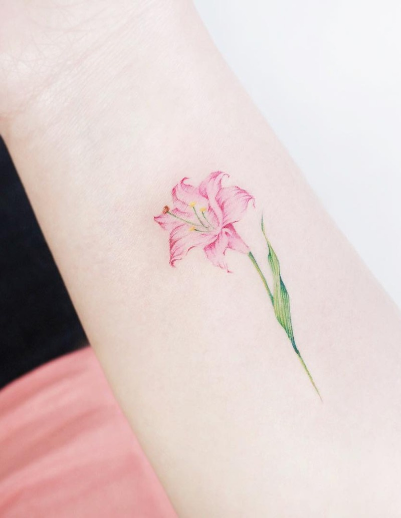Small Tattoo by Tattooist IDA