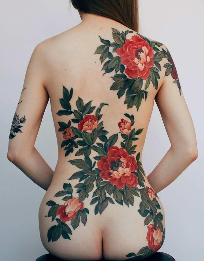 Back Tattoos for Women by Jinpil Yuu