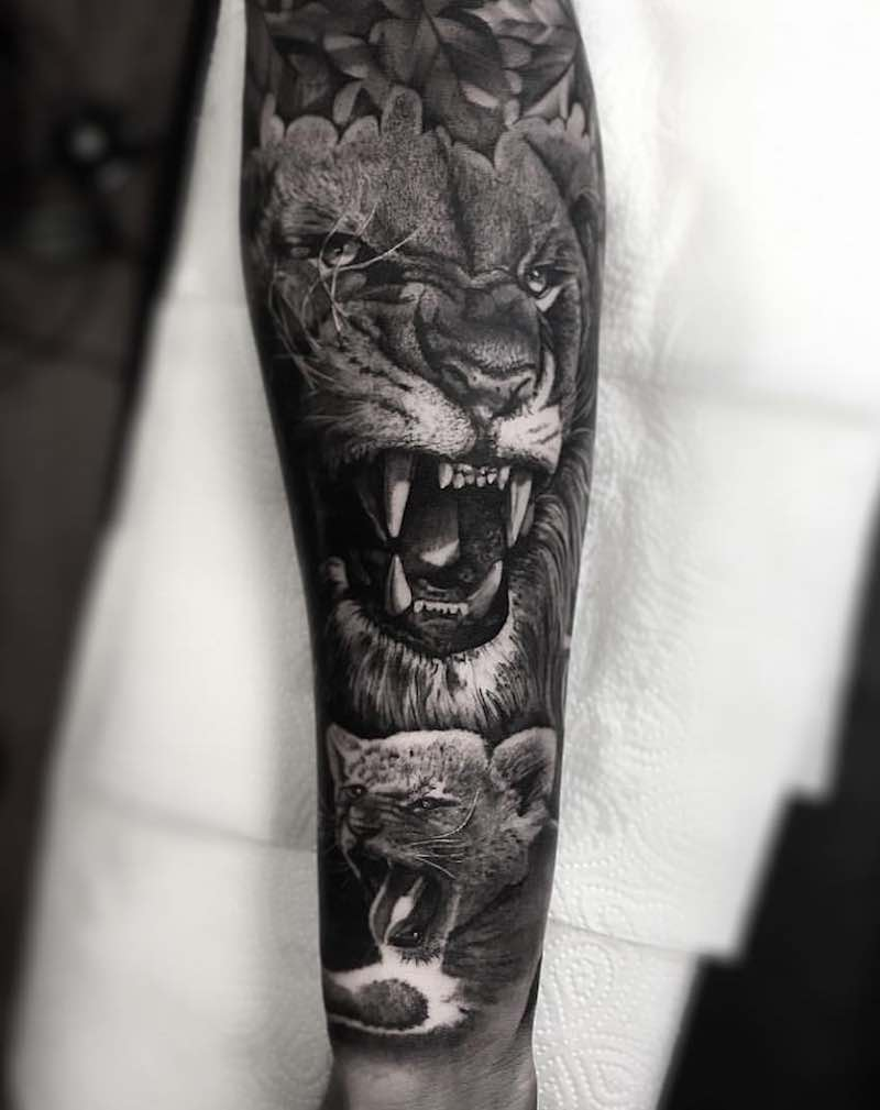 Lion Tattoo by Daniel Paarup