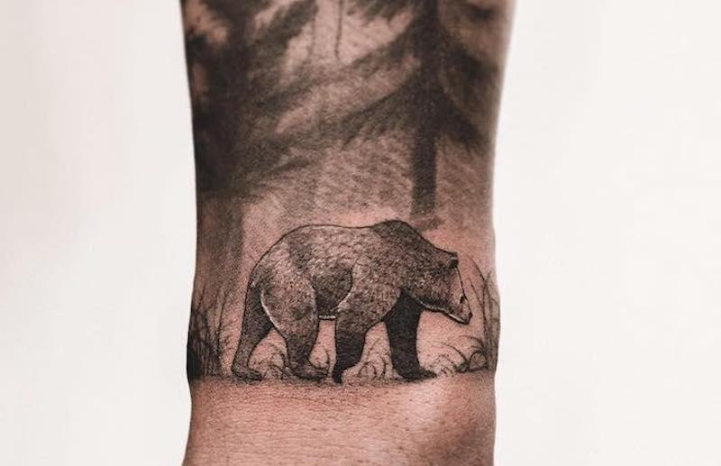 Bear Tattoo Lesheer cover