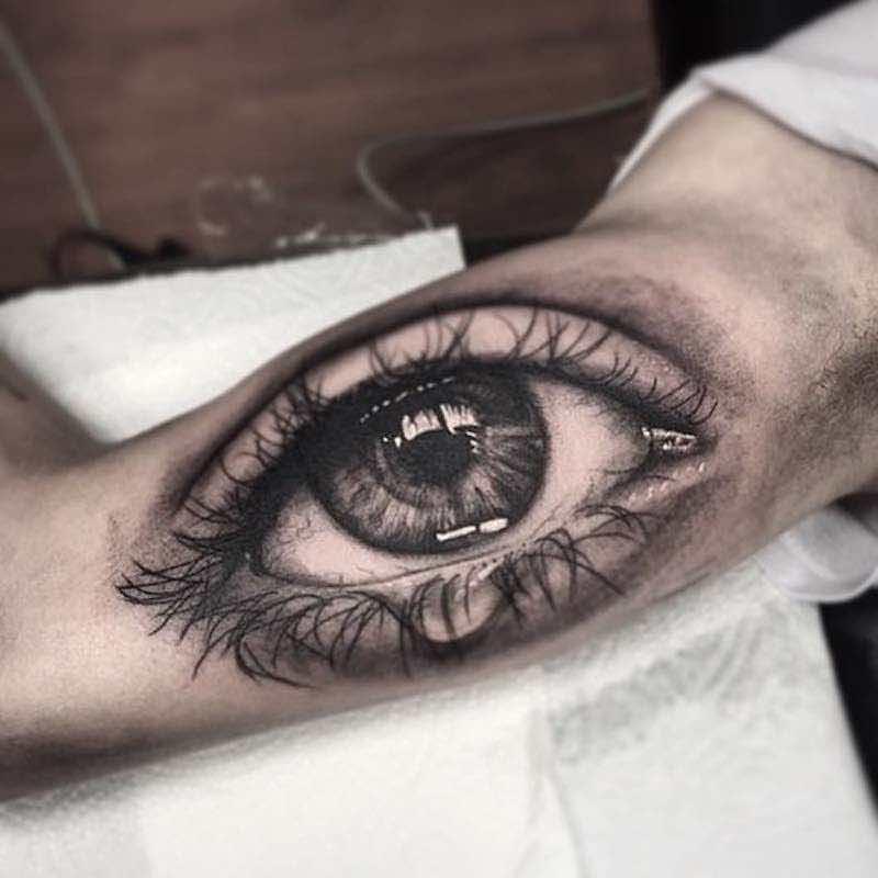 Eye Tattoo 2 by Daniel Paarup