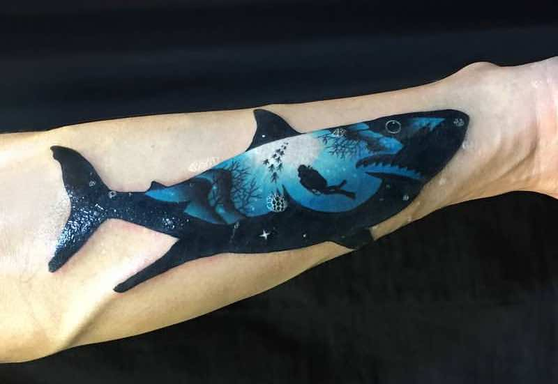23 Amazing Shark Tattoos