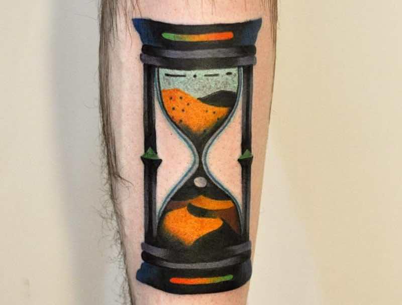 21 Timeless Hourglass Tattoos
