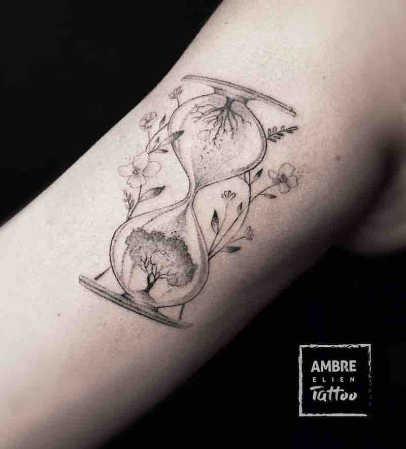 Hourglass Tattoo by Ambre Elien