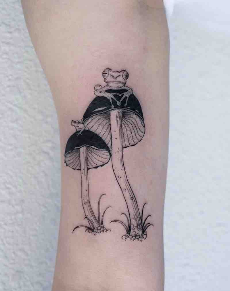 Mushroom Tattoo 4 by OOZY