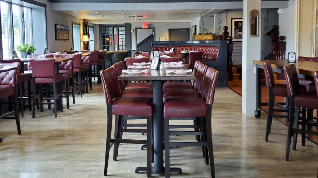 beacons inside dining