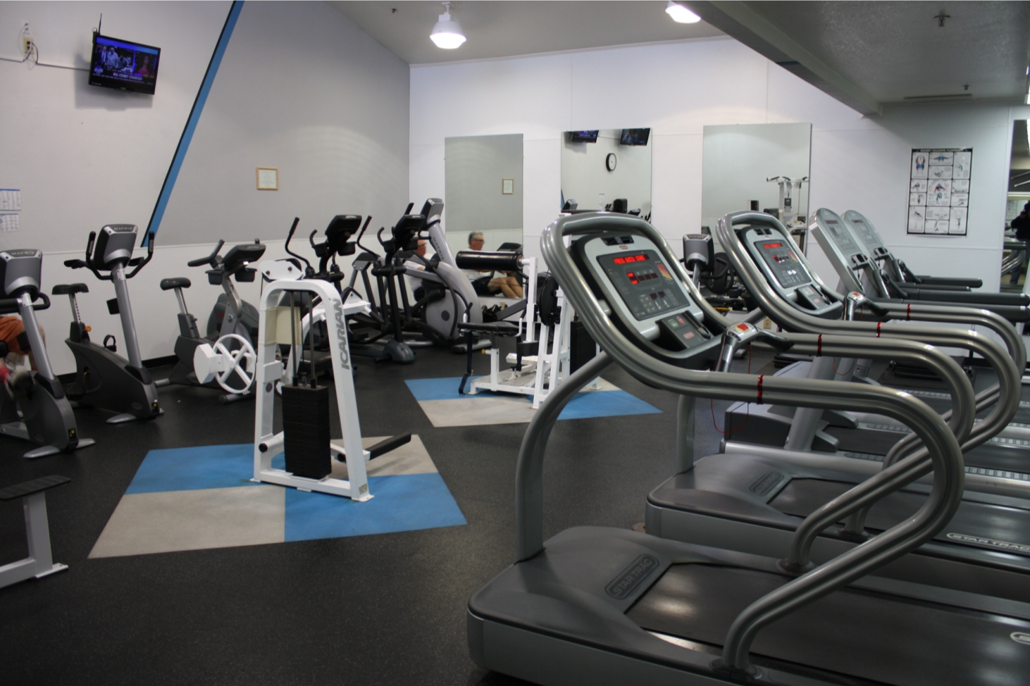 13 Fitness Center
