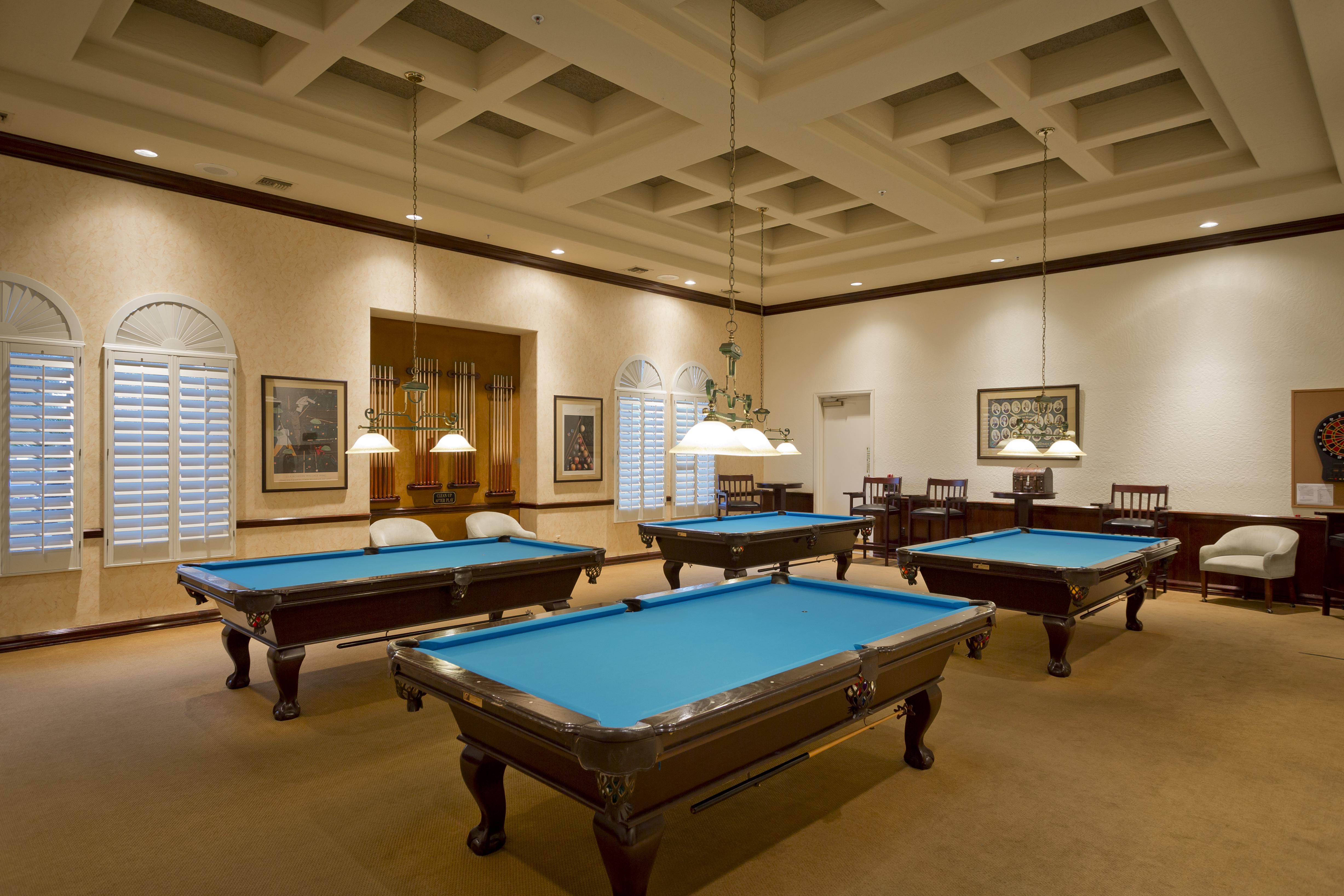 8 Oakwood Billiards Room