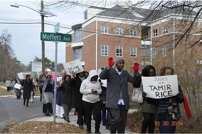Side Walk pays homage to Tamir Rice650