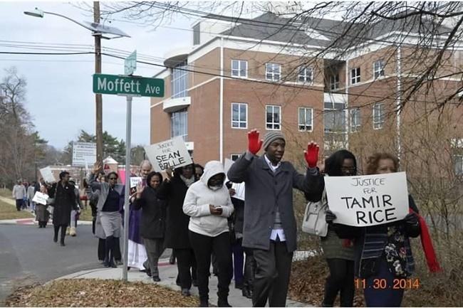 Side Walk pays homage to Tamir Rice650