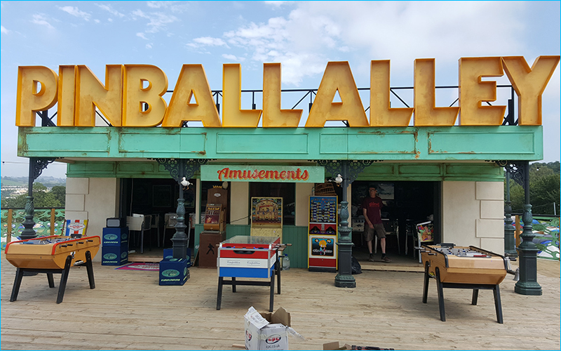 Pinball_alley_event_TH