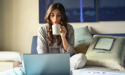 HOW LOUNGEWEAR IS REDEFINING WFH!