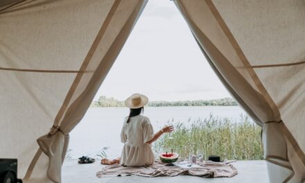 THE 5 MUST-HAVES FOR YOUR NEXT GLAMPING TRIP