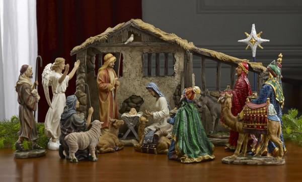 Full Real Life Nativity Creche