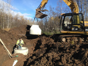 peterson-excavating-and-landscaping-duluth-minnesota-sewer-line-installation