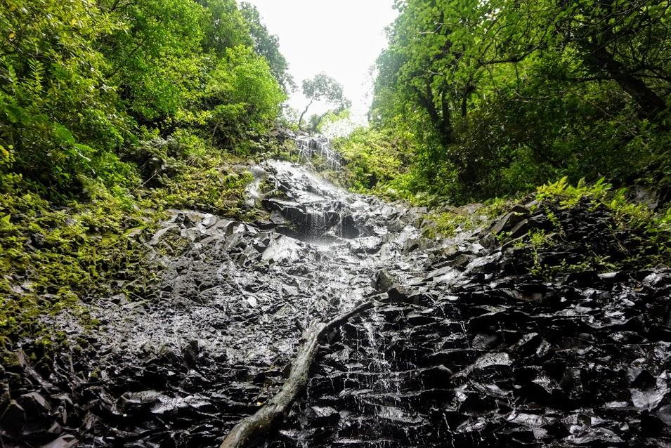 Smaller Falls Next to Nu'uuli Falls