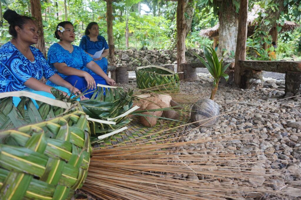 Samoan palm-frond woven baskets and ma'ilo