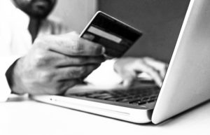 Survival and revival: two e-commerce waves
