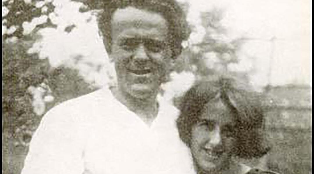 A couple standing together 1916