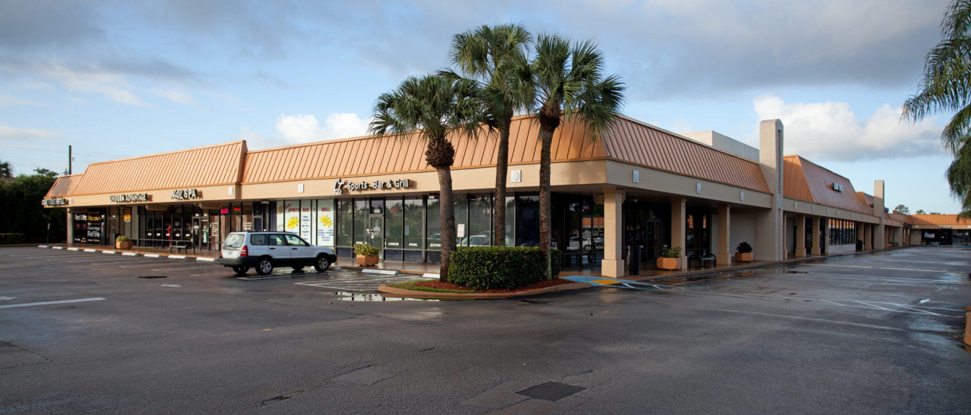 Jan. 17th, 2013 - Delray Beach, Florida: The Delray Commons Shopping Center owned by PEBB Enterprises.