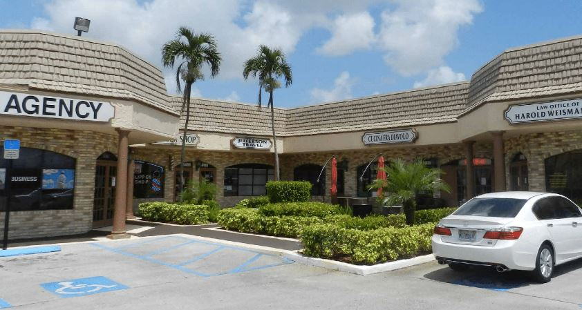 <strong>Delray Square</strong><br> Delray Beach, FL