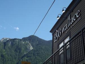 293 Wallace, Hope, BC. Photo by rupert blades. i8tonite with Hope, BC's 293 Wallace Chef Hiro Takeda & Cacio e Pepe Recipe