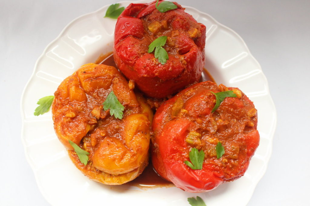 i8tonite with Oy Vey Vegan Author Estee Raviv & Vegan Stuffed Peppers Recipe