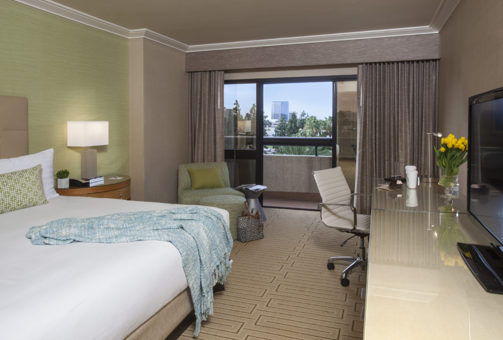 Where to stay: Hotel Irvine. From i8tonite: 24 Hours of Eating in Irvine, California
