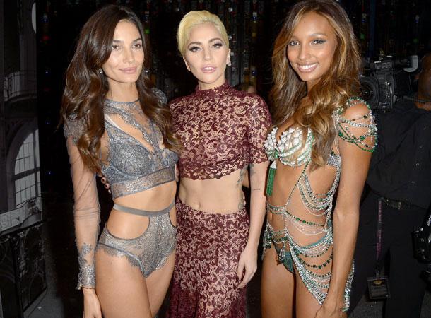 Backstage Victoria's Secret 4chion® lifestyle