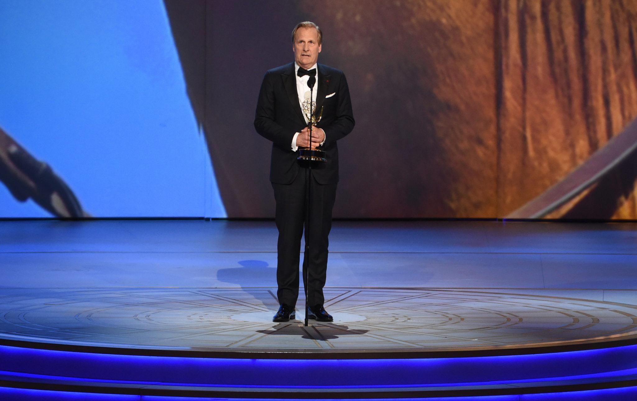 Jeff Daniels Emmys 4Chion Lifestyle