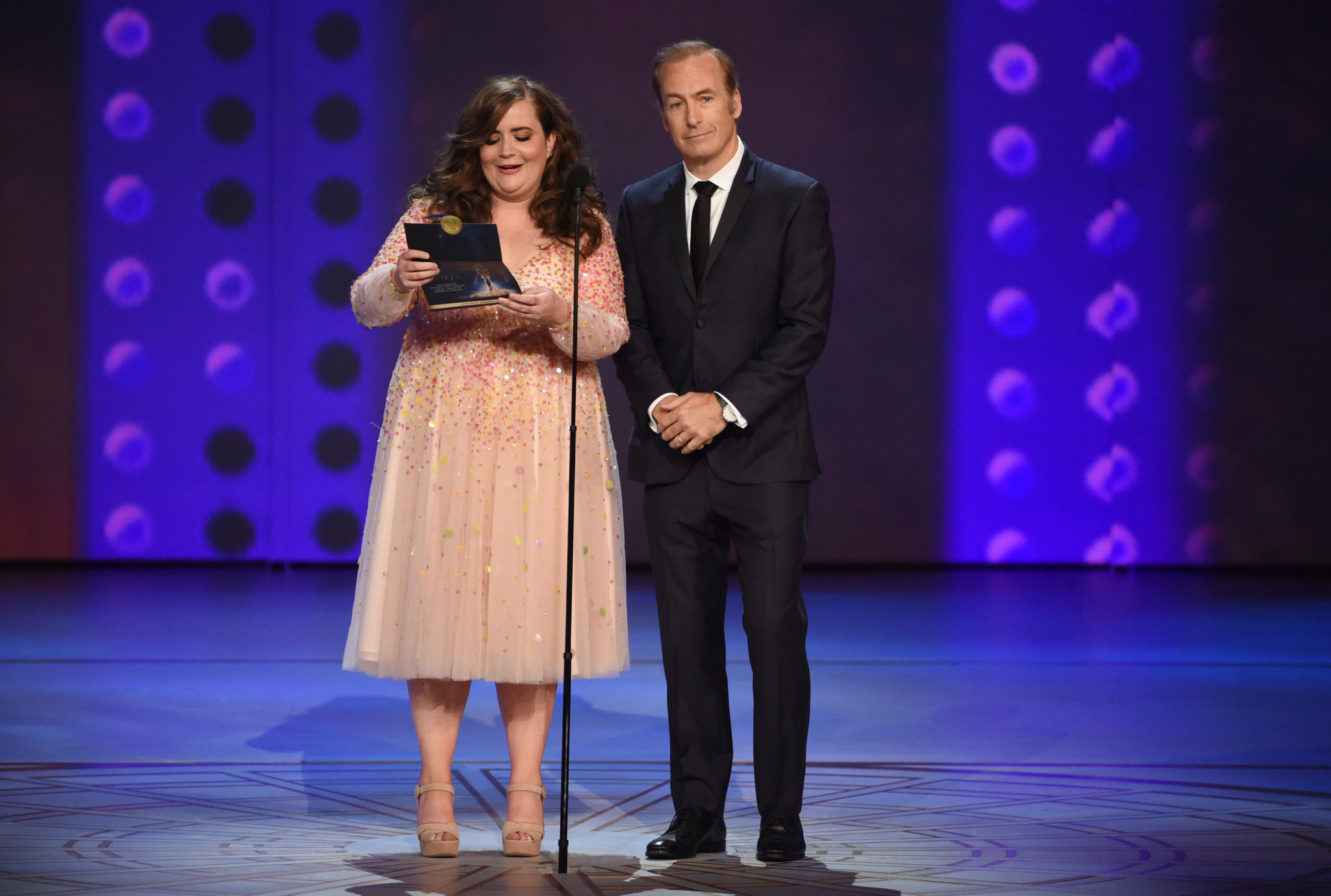 Bob Odenkirk, Aidy Bryant Emmys 4Chion Lifestyle
