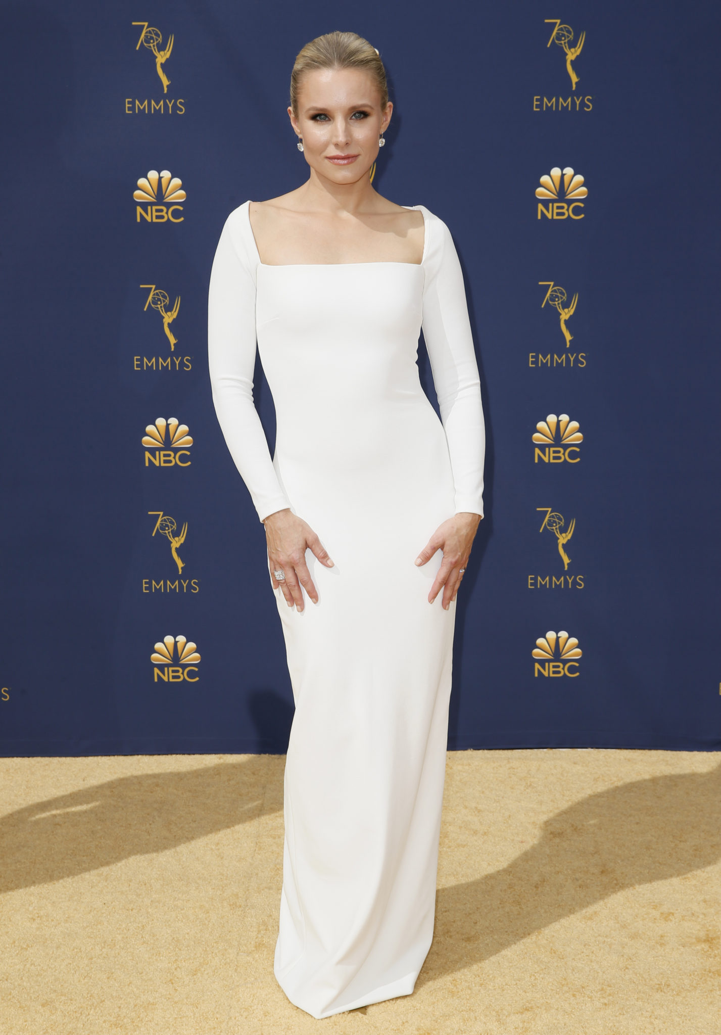 Kristen Bell Emmys 4Chion Lifestyle