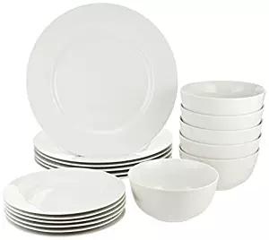 Amazon Basics Dinnerware Set holiday ad 4chion lifestyle