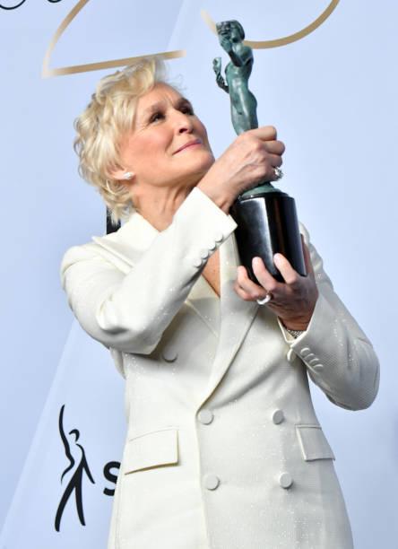 Glenn Close SAG Awards 4chion lifestyle