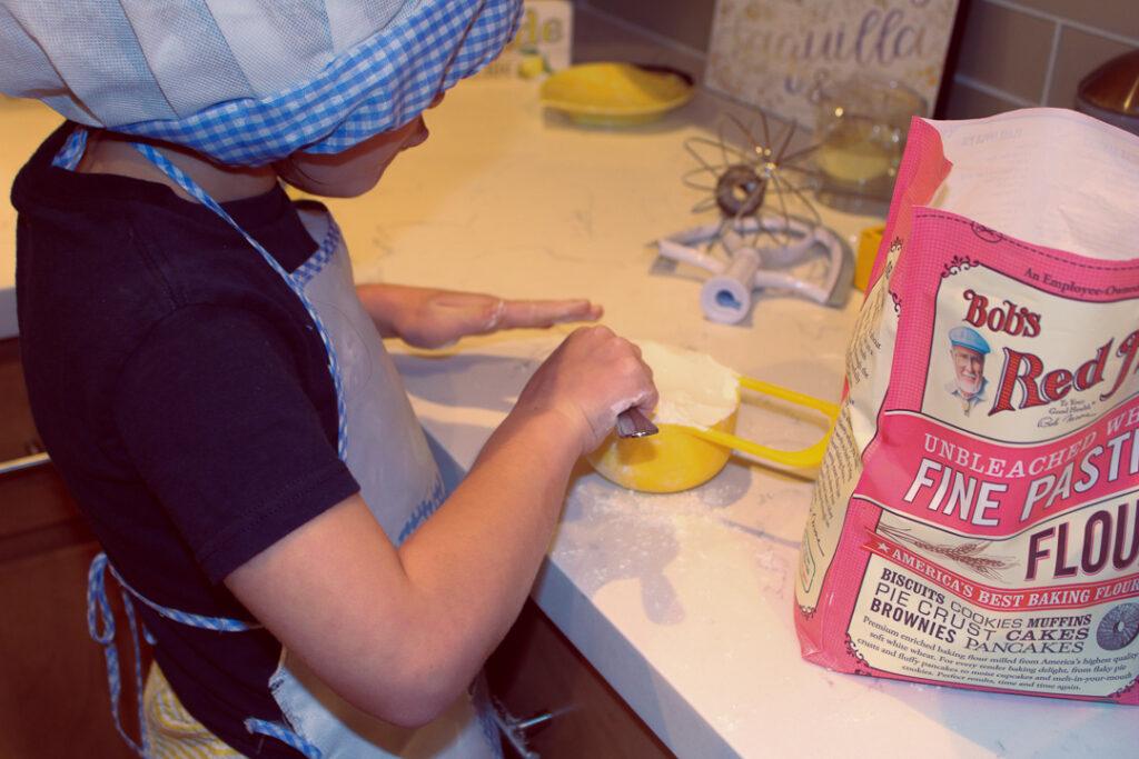 Food Ellie Cinnamon Roll Recipe 4Chion Lifestyle