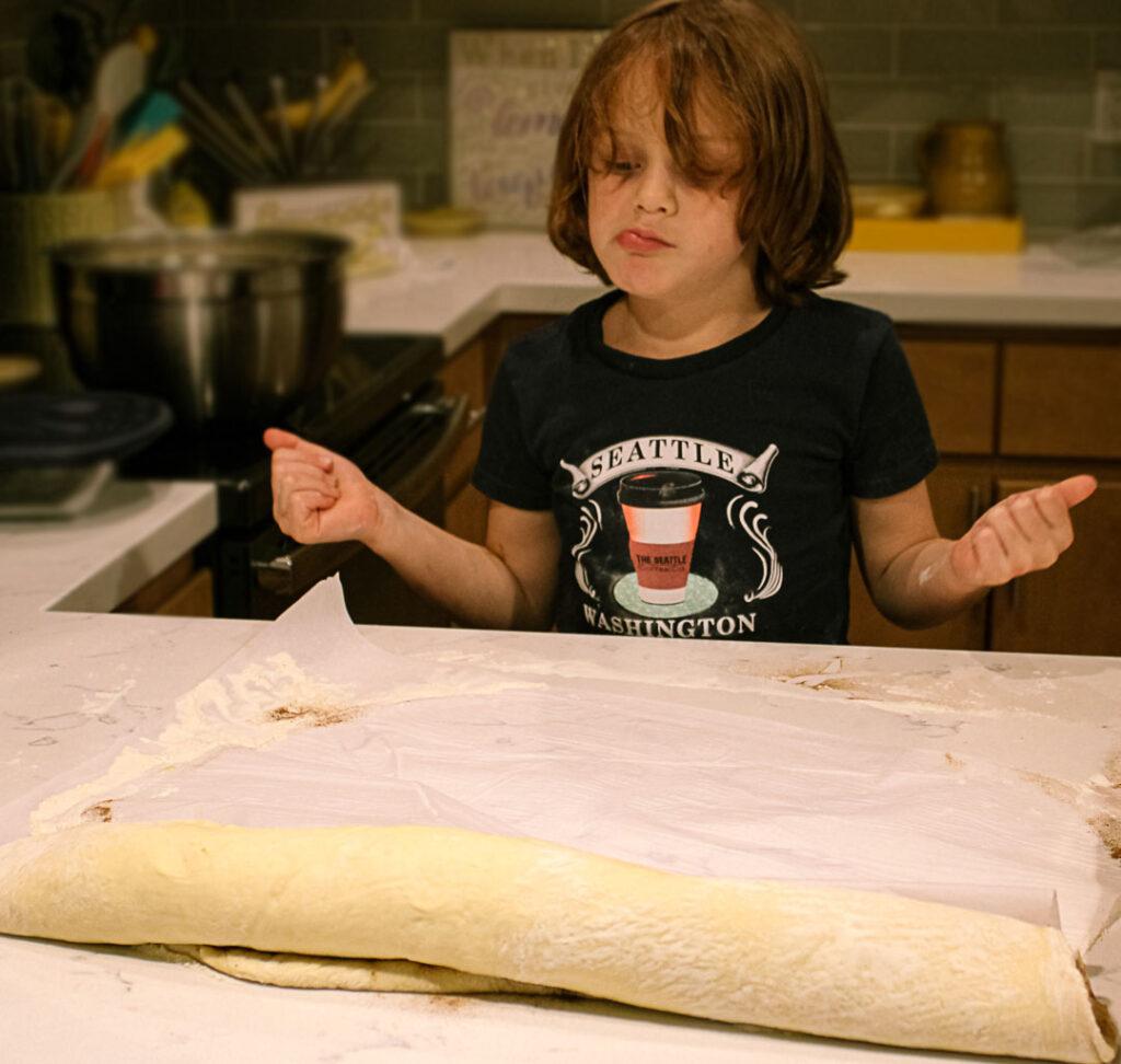 Foodie Ellie Cinnamon Roll Brunch 4chion Lifestyle