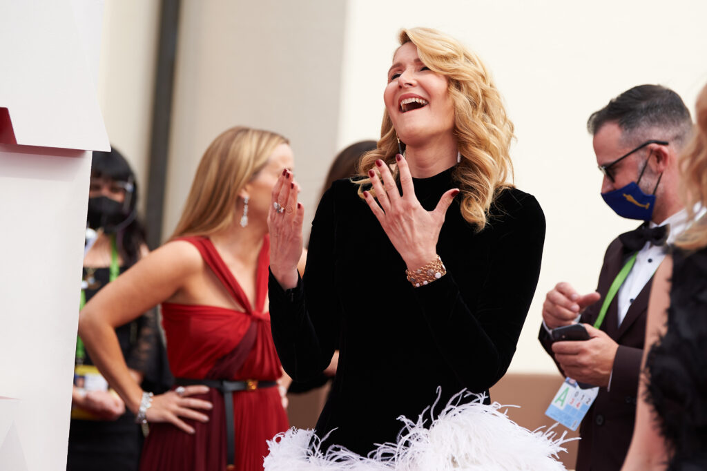 Laura Dern at The Academy Awards red carpet 4Chion Lifestyle 93rd Oscars