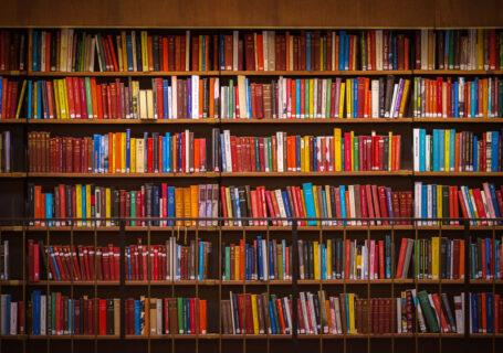 Melhores livros para vendedores empilhados.