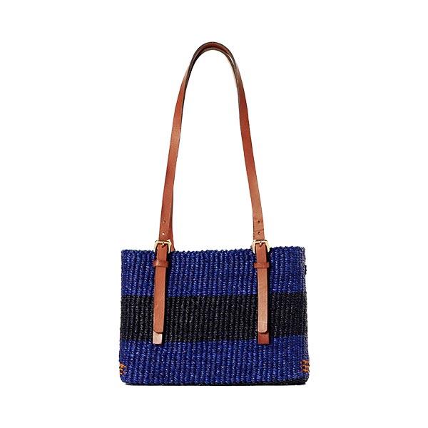 AAKS Vea Square Shoulder Bag
