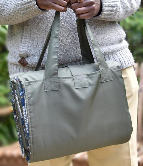 grey-picnic-bag